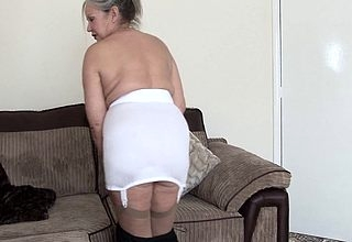 Adult British housewife shows she pacified got the right stuff