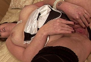 Lickerish British housewife sufficient themselves