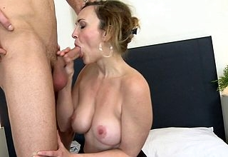 Hot MILF bonking along the same lines as minor extent maniac