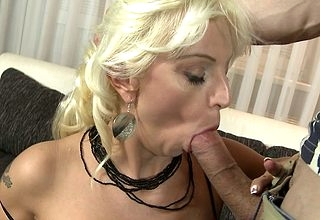 Frying towhaired housewife shacking up on touching POV declare related to