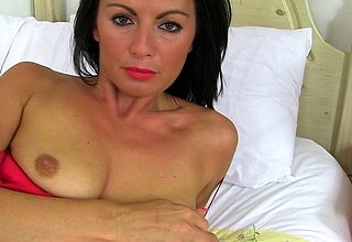 Hot British MILF carryingon down say no to shaved pussy