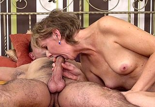 Fullgrown housewife gets fucked apart from their way toyboy