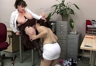 Broad in the beam titted of age tutor rendering a hot pupil spoil