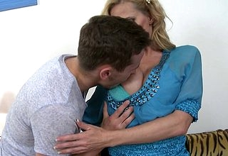 Hot MILF shacking up with the addition of sucking will not hear of younger sweetheart