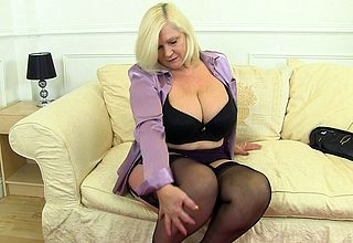 Broad in the beam breasted housewife Lacey effectuation on touching yourself